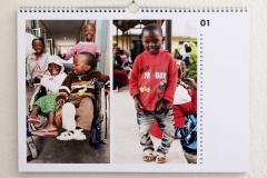 Wandkalender-Feuerkinder-Tansania-Auf-eigenen-Füssen-stehen-01