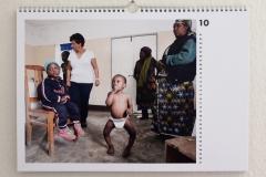 Wandkalender-Feuerkinder-Tansania-Auf-eigenen-Füssen-stehen-10