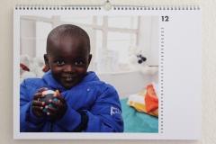 Wandkalender-Feuerkinder-Tansania-Auf-eigenen-Füssen-stehen-12